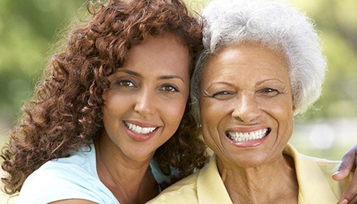Keeping Aging Parents At Home: 5 Top Caregiving Tips